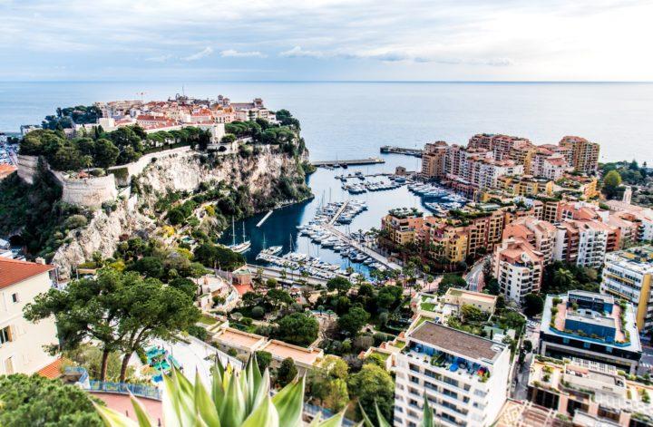 Monako, najdroższe miejsca w Europie, luksusowe wakacje na Lazurowym Wybrzeżu