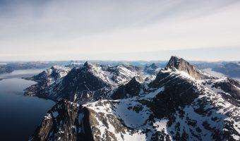 Helikopterowe wycieczki po Grenlandii